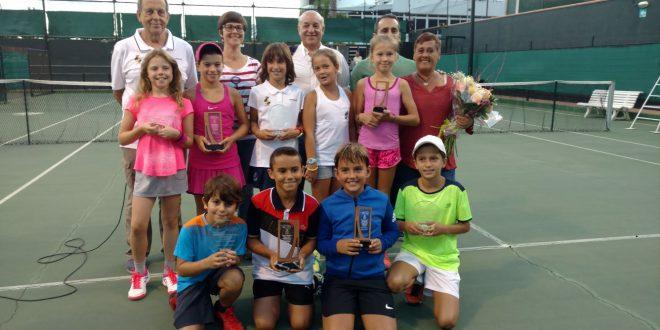 Adam Houdna y Marta Rodríguez se adjudicaron el título de campeones Benjamín de Tenerife en el Memorial Jerónimo Acuña